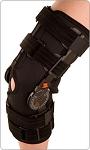 Bledsoe Crossover ROM Knee Brace