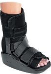 MaxTrax Short Walker Fracture Cast Boot