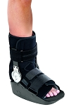 MaxTrax™ ROM Walker Cast Boot Short